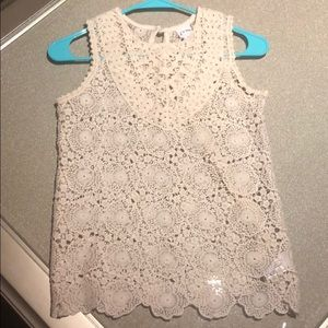 Cream crochet girls sleeveless top!🥰